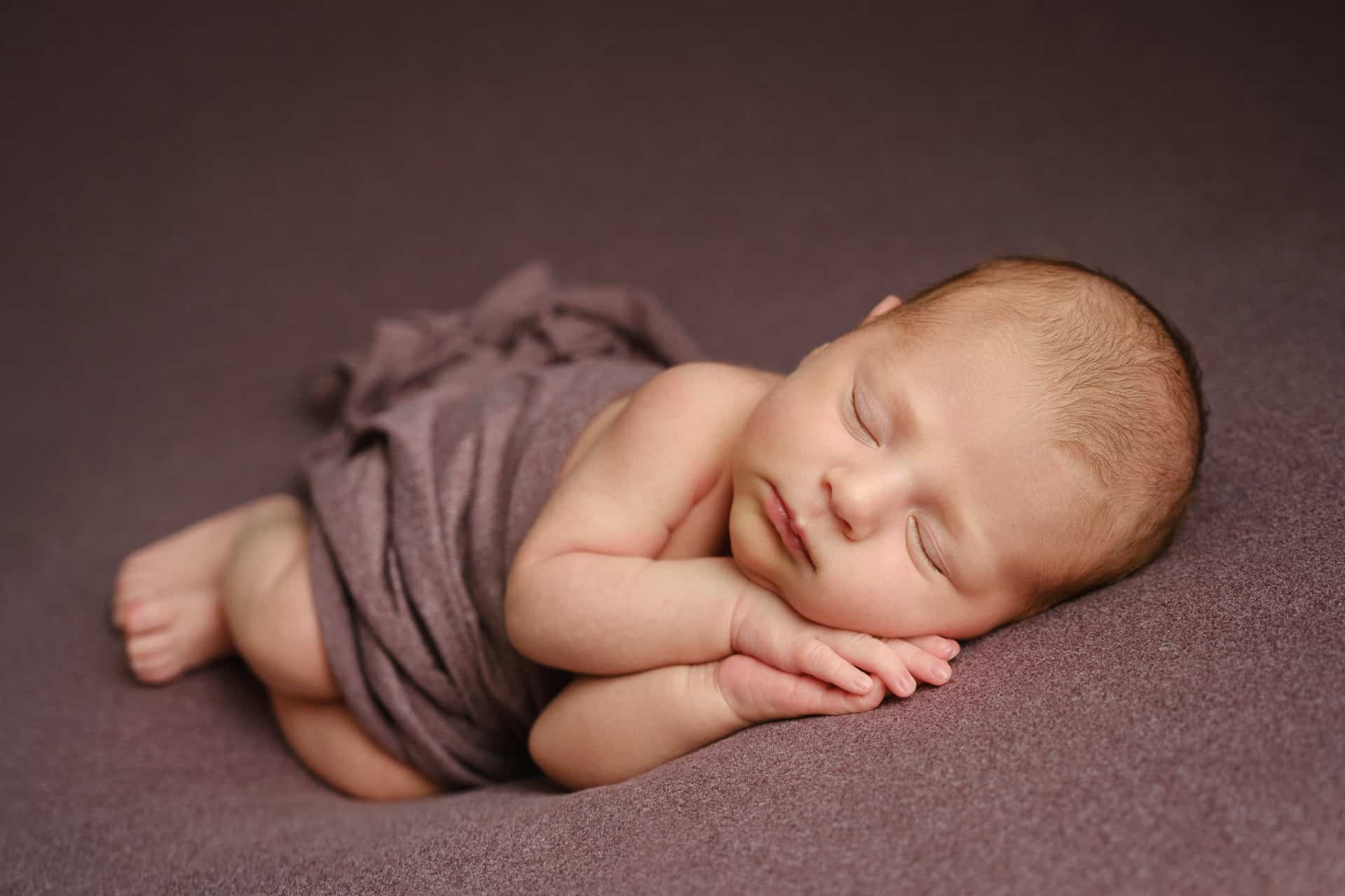 newborn-lincoln-photography